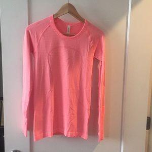 Pink long sleeve lulu lemon workout shirt